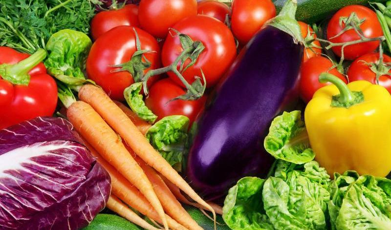 عوامل گرانی سبزی و صیفی:  جذابیت صادرات و بارندگیهای شدید