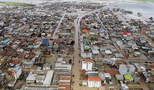 با هدف کمک به سیلزدگان؛ تفویض اختیار وزیر اقتصاد به گمرک