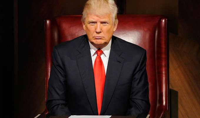ترامپ تصمیم گرفته است معافیتهای نفتی ایران را تمدید نکند