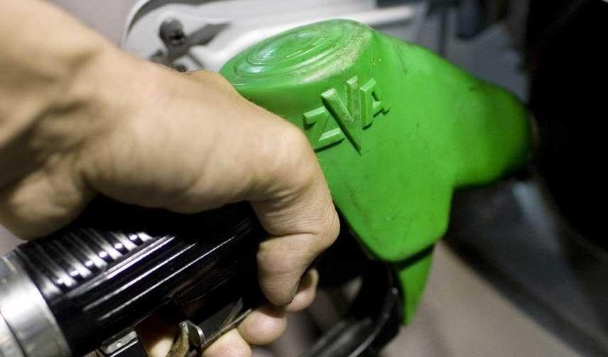 از پنجشنبه بنزین سهمیهبندی نمیشود