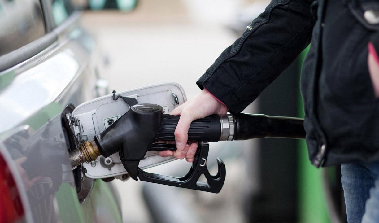 امکان استفاده از کارت بانکی به جای کارت هوشمند سوخت فراهم است