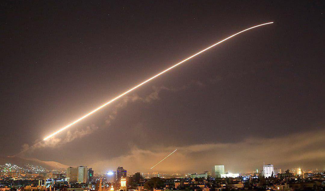 نماینده عراقی: در صورت تهدید، ایران حق دارد پایگاههای آمریکا در عراق را هدف قرار دهد