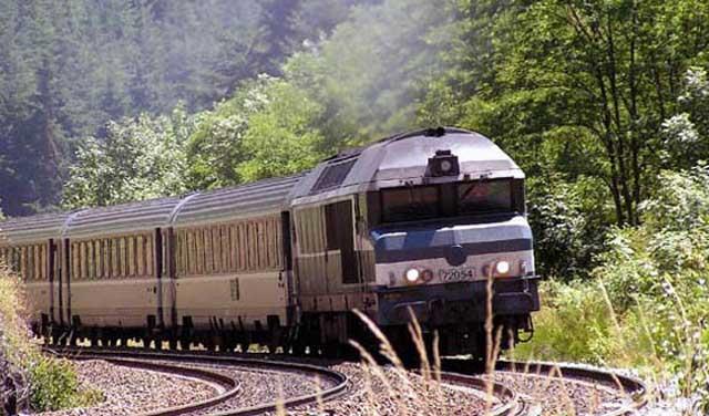 آغاز حرکت قطار بینالمللی تهران-وان از امروز