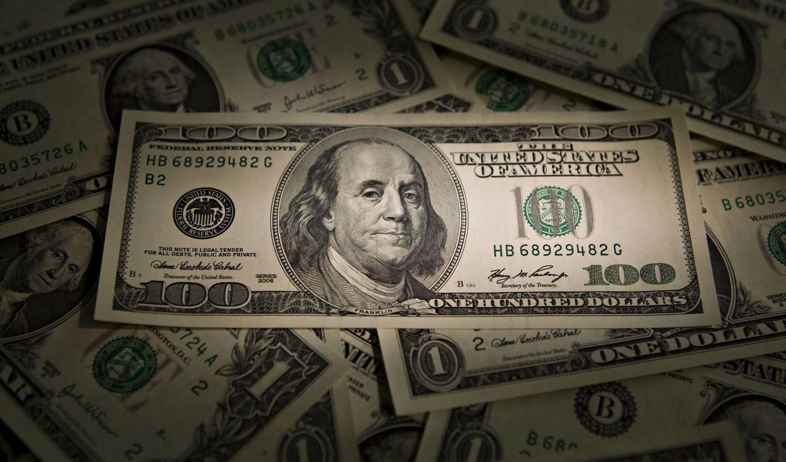 افزایش قیمت جهانی دلار در پی انتشار آمار اشتغال آمریکا