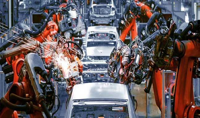 معاون وزیر صمت اعلام کرد: تولید خودروهای ناقص به حداقل میرسد