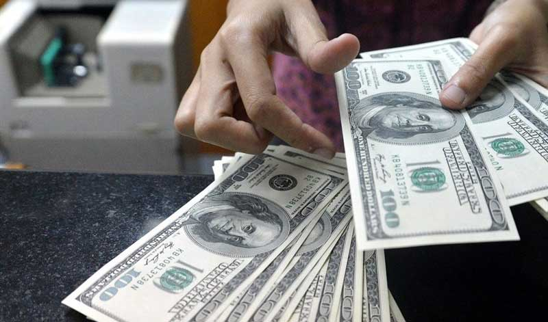 بررسی دلایل کاهش قیمت دلار