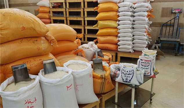 واردات برنج ۲۰ درصد رشد کرد/ رسوب ۱۸۰ هزار تن برنج در گمرک
