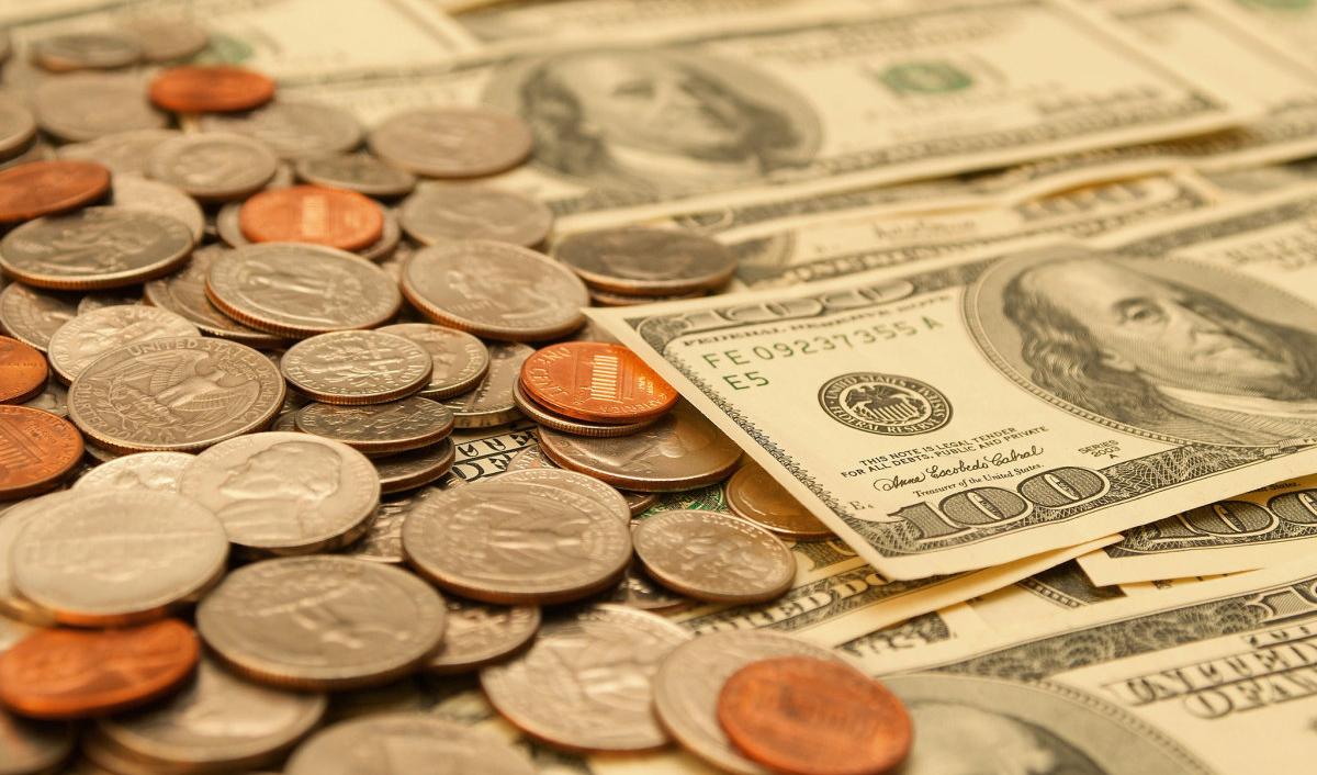 با تغییر واحد پول ملی سکه و دلار چگونه خوانده میشوند؟