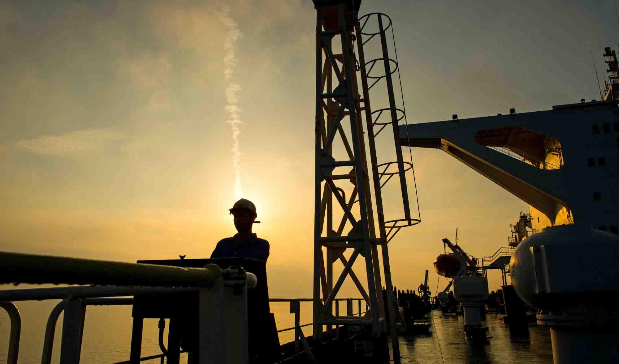 عوامل موثر برقیمت نفت در سال آینده