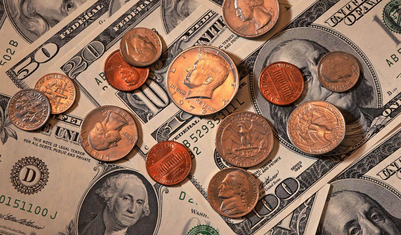 کاهش قیمت در بازار ارز و سکه
