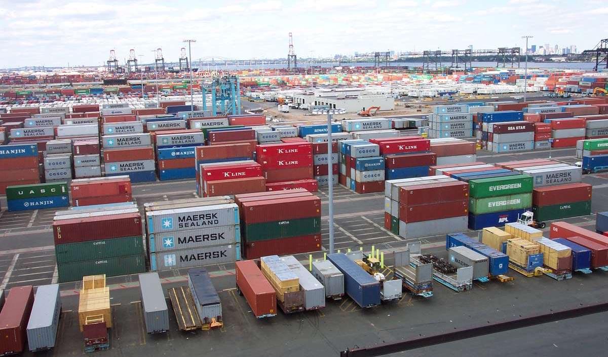 افزایش حجم صادرات و واردات کشور