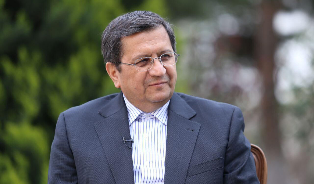 همتی: دغدغه مهم بانک مرکزی، تامین نقدینگی مولد واحدهای تولیدی است