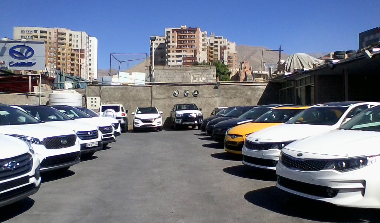 قیمت روز خودروهای خارجی در ۲۰ آبان ۹۸