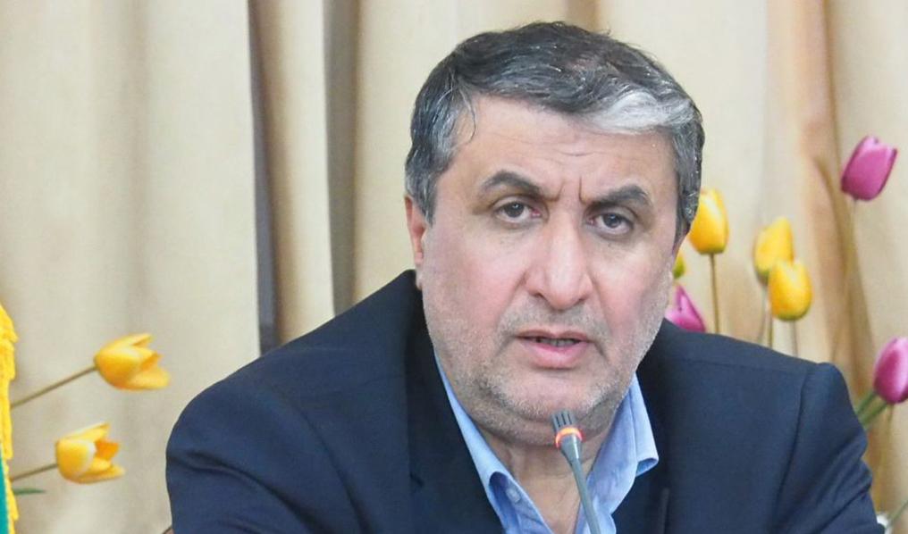 وزیر راه: ایران به فناوری ساخت کانتینرهای شناورهای آبی دست یافت