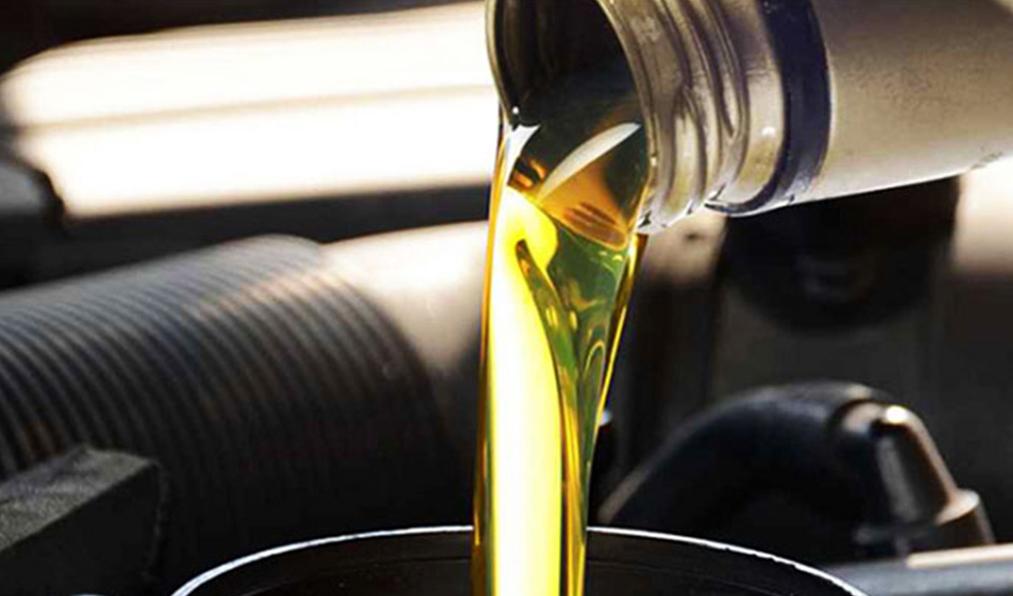 قیمت برخی روغن موتورهای موجود در بازار + جدول ویژه نیمه آذر
