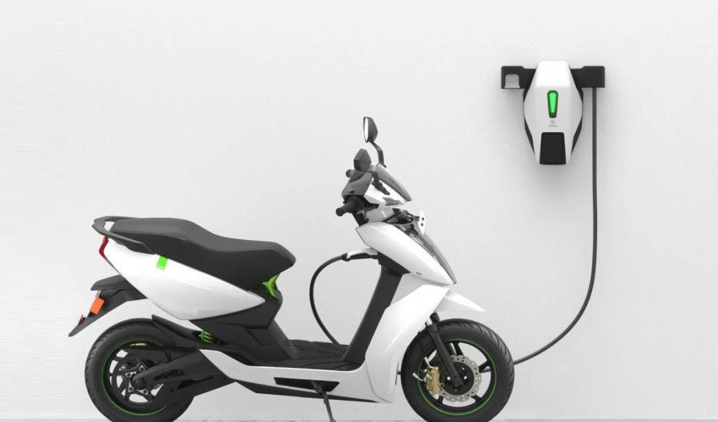 چرا موتورسیکلتهای برقی جایگزین کاربراتوری نمیشود!؟