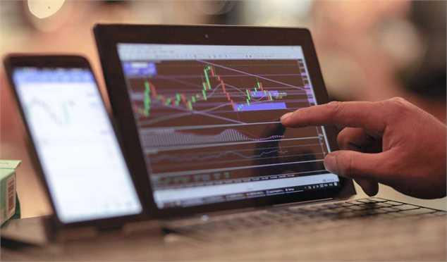 بررسی تحولات هفتگی بازار دلار، سکه و بورس تهران