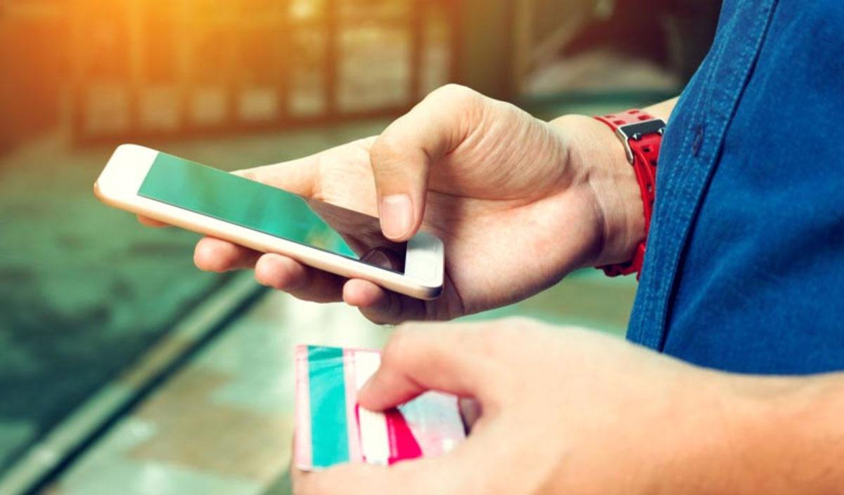 ارتقاء امنیت تراکنشهای بدون حضور کارت با رمز دوم پویا
