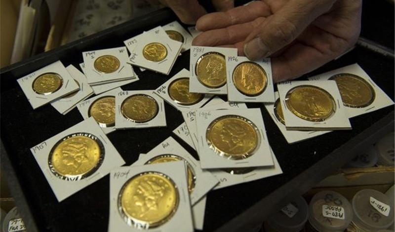 سکه عکس مسیر دلار حرکت کرد/طلا گرمی ۴۵۲ هزار تومان