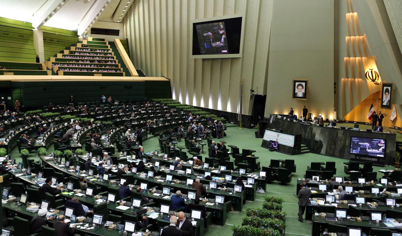 ارجاع مجدد طرح تشکیل وزارت بازرگانی به کمیسیون اجتماعی