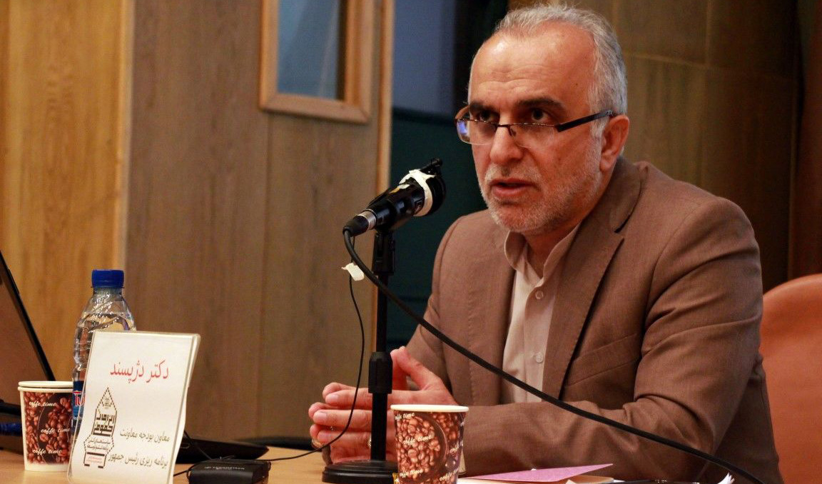 رفتار جهادی سردار سلیمانی باید الگوی همه باشد/ نرخ تورم ماهانه به ۷,۱ درصد رسیده بود