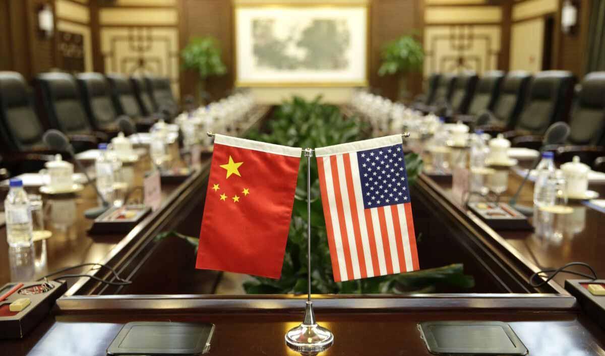 توافق تجاری آمریکا و چین ۹۵ درصد نمایشی است
