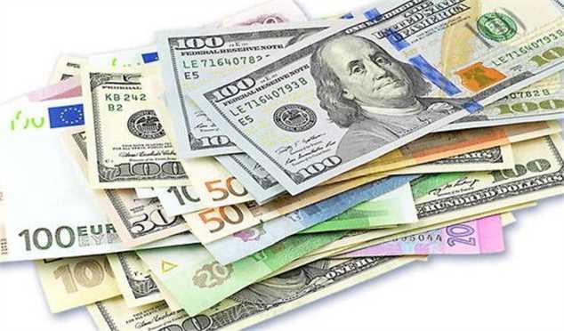 نرخ رسمی یورو و پوند کاهش یافتارز