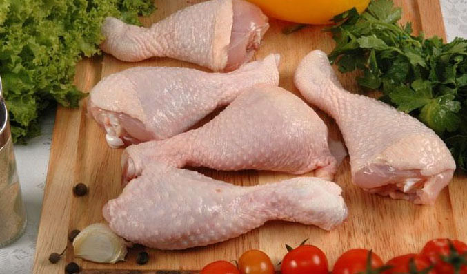 افزایش قیمت مرغ همزمان با شب عید به صلاح نیست
