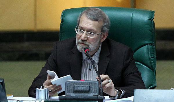 100 اقتصاددان خطاب به لاریجانی: مالیات از خانههای لوکس بالای 5 میلیارد تومان اخذ شود