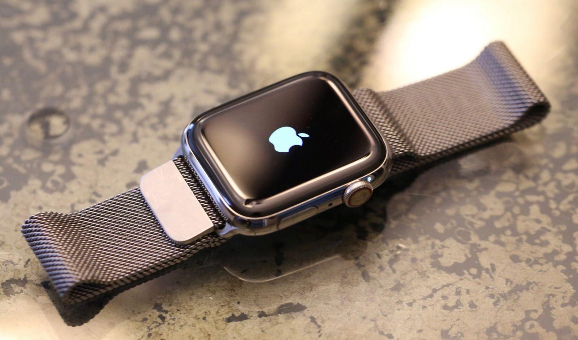 فروش اپل واچ از کل صنعت ساعتسازی سوئیس فراتر رفت