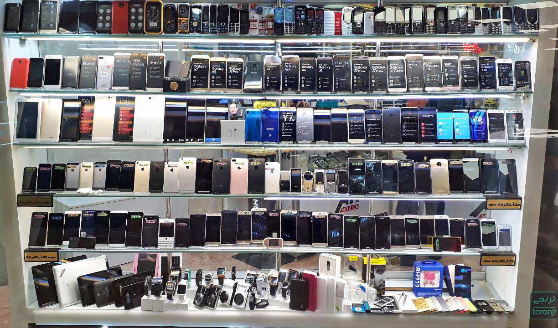 کرهایها از بازار موبایل ایران میروند؟