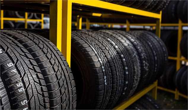 تولیدکنندگان تایر عامل گرانی و کمبود لاستیک؟/ یک مقام وزارت صمت: تایرسازان به تکالیف خود عمل نکردندلاستیک