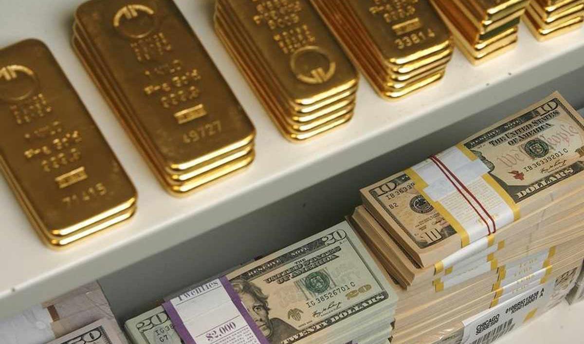 دلار و طلا هفته جدید میلادی را چگونه آغاز میکنند؟