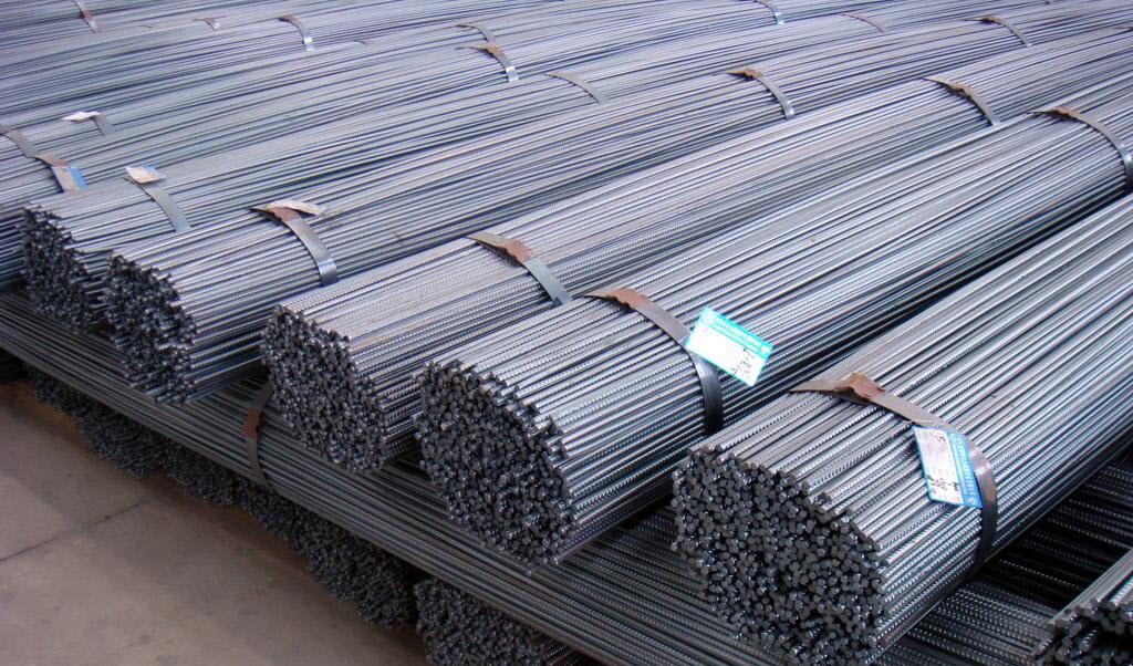 تکانههای کاهشی در بازار آرام فولاد در جهان