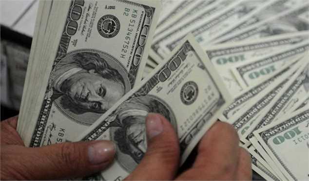 دلار یک پله عقب نشست