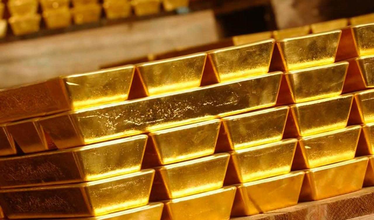 قیمت هر اونس طلا به ۱۶۱۹دلار و ۶۷ سنت کاهش یافت