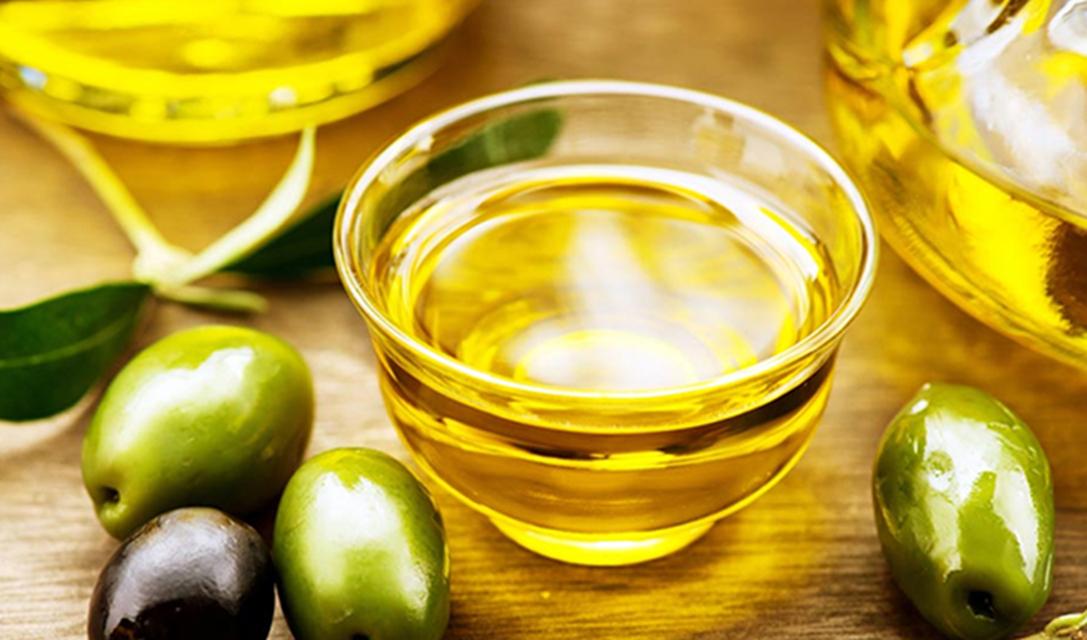 واردات روغن زیتون بیکیفیت با قیمت بالا / بازار زیتون در رکود به سر میبرد