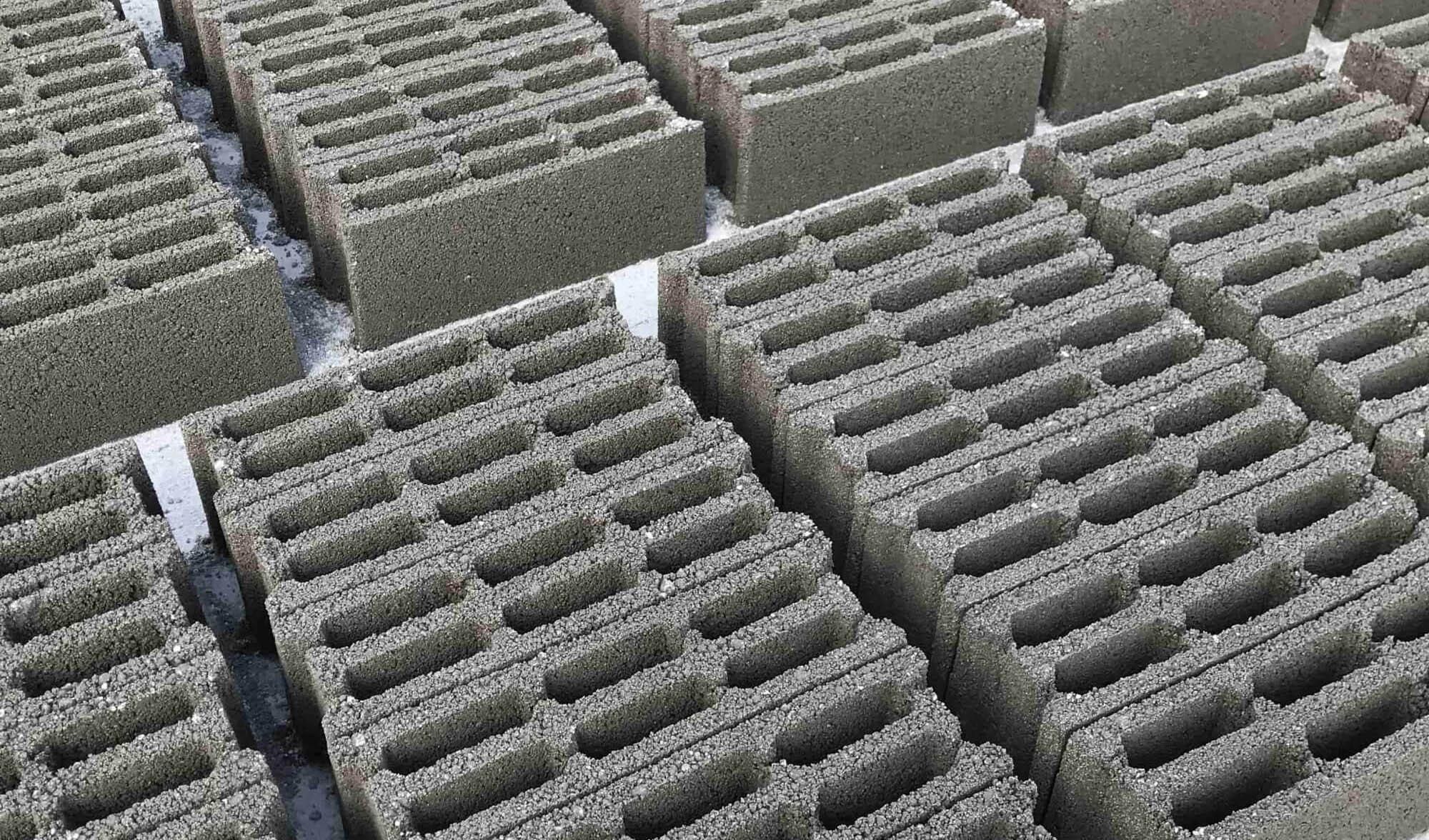 وضعیت قیمت بلوک های سیمانی در سال 99 چگونه خواهد بود؟