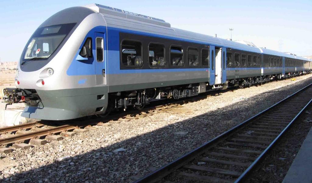 فروش بلیت قطارهای رجا برای خرداد از صبح امروز آغاز میشود