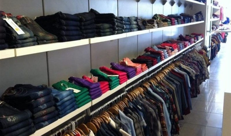 550 هزار نفر در صنعت پوشاک فعالیت دارند/ نیمی از پوشاک کشور وارداتی است