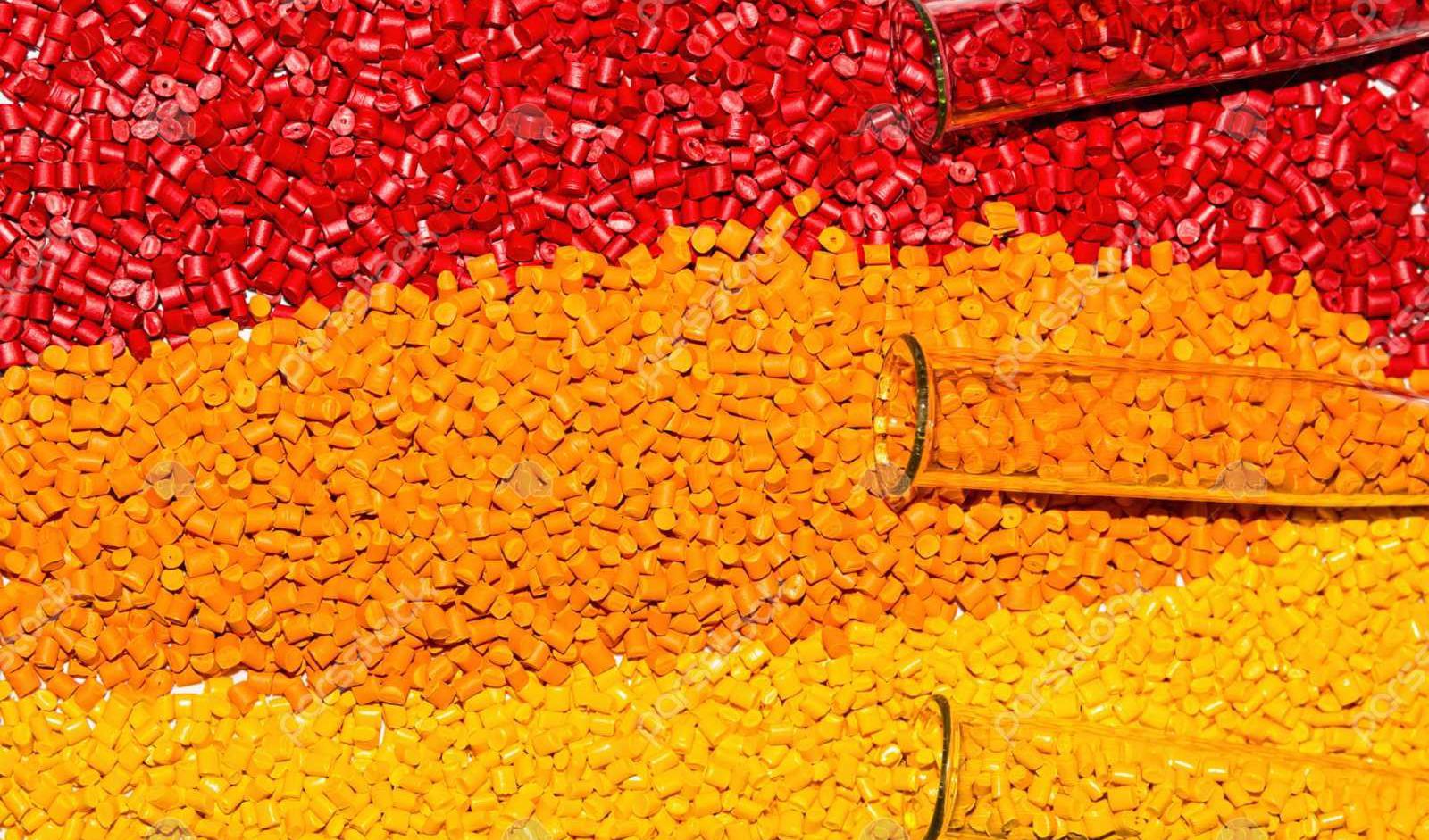 انعکاس روند کاهشی ارز بر بازار پلیمرها