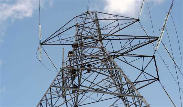 سیر صعودی مصرف برق در کشور متوقف شد