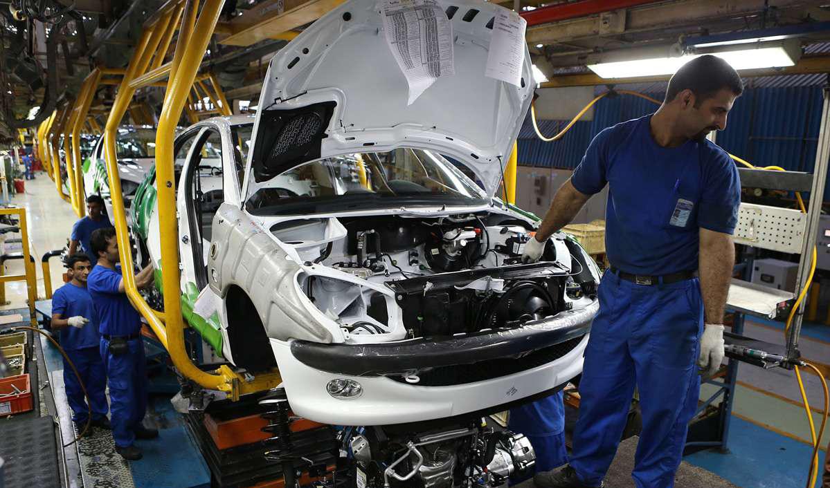 تکمیل ۱۵۰ هزار خودرو ناقص در صورت ترخیص مواد اولیه