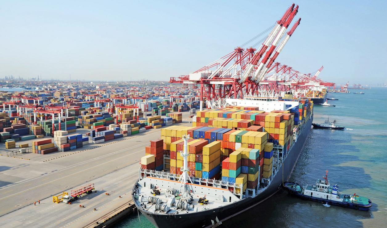 رونق تجارت دریایی با کاهش ۳۳ درصدی ماندگاری کالا در بنادر