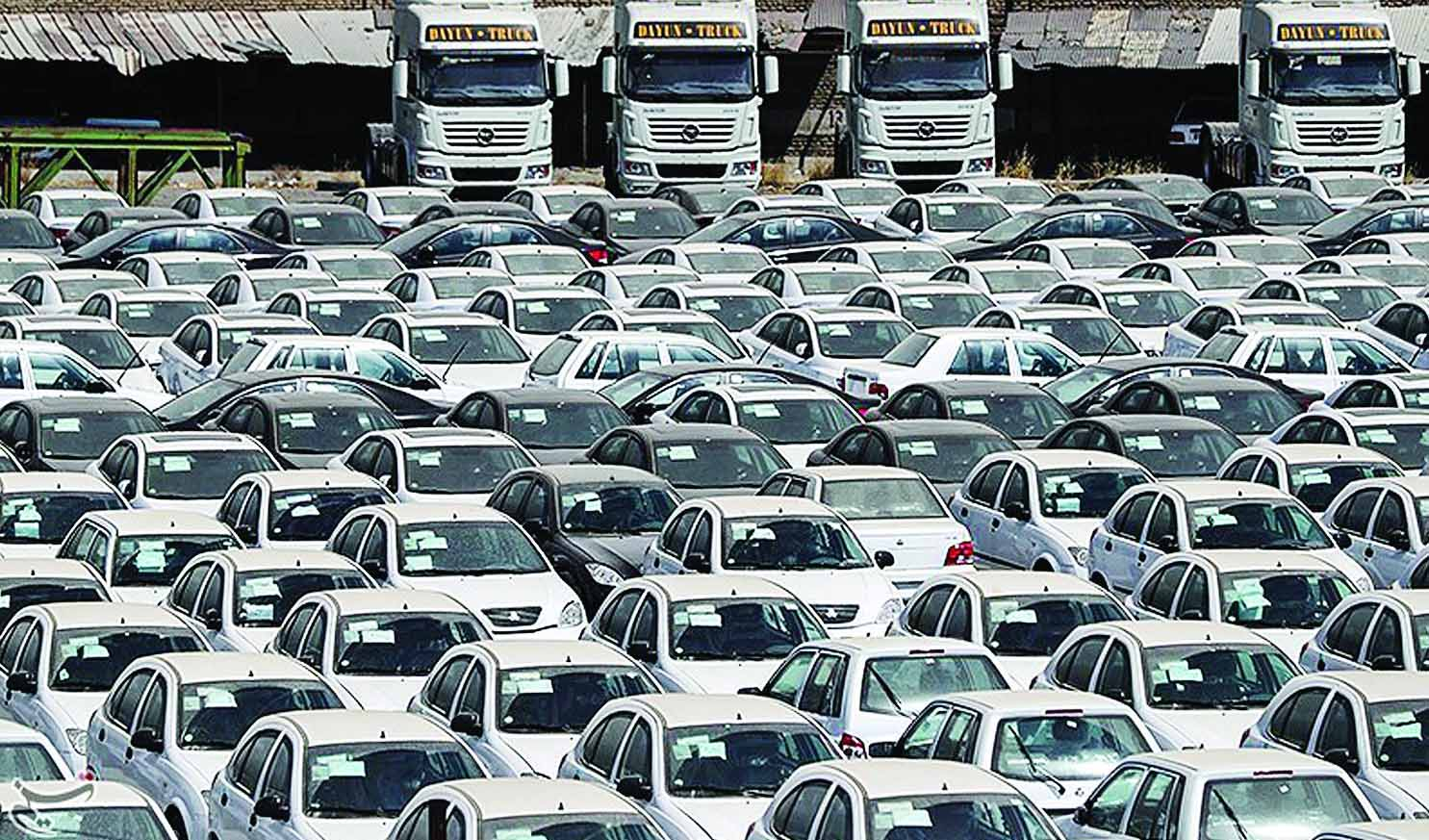 اعتراف خودروسازان به قیمت گذاری دلاری