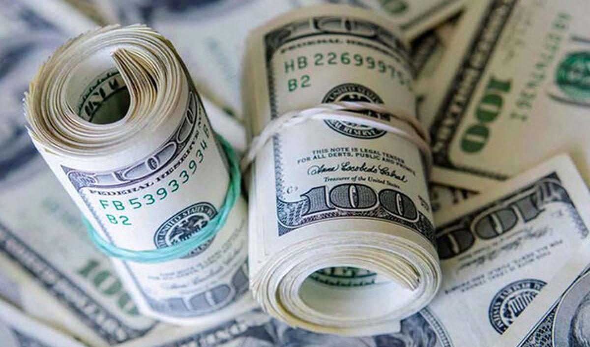 شاخص دلار یک کانال عقب رفت