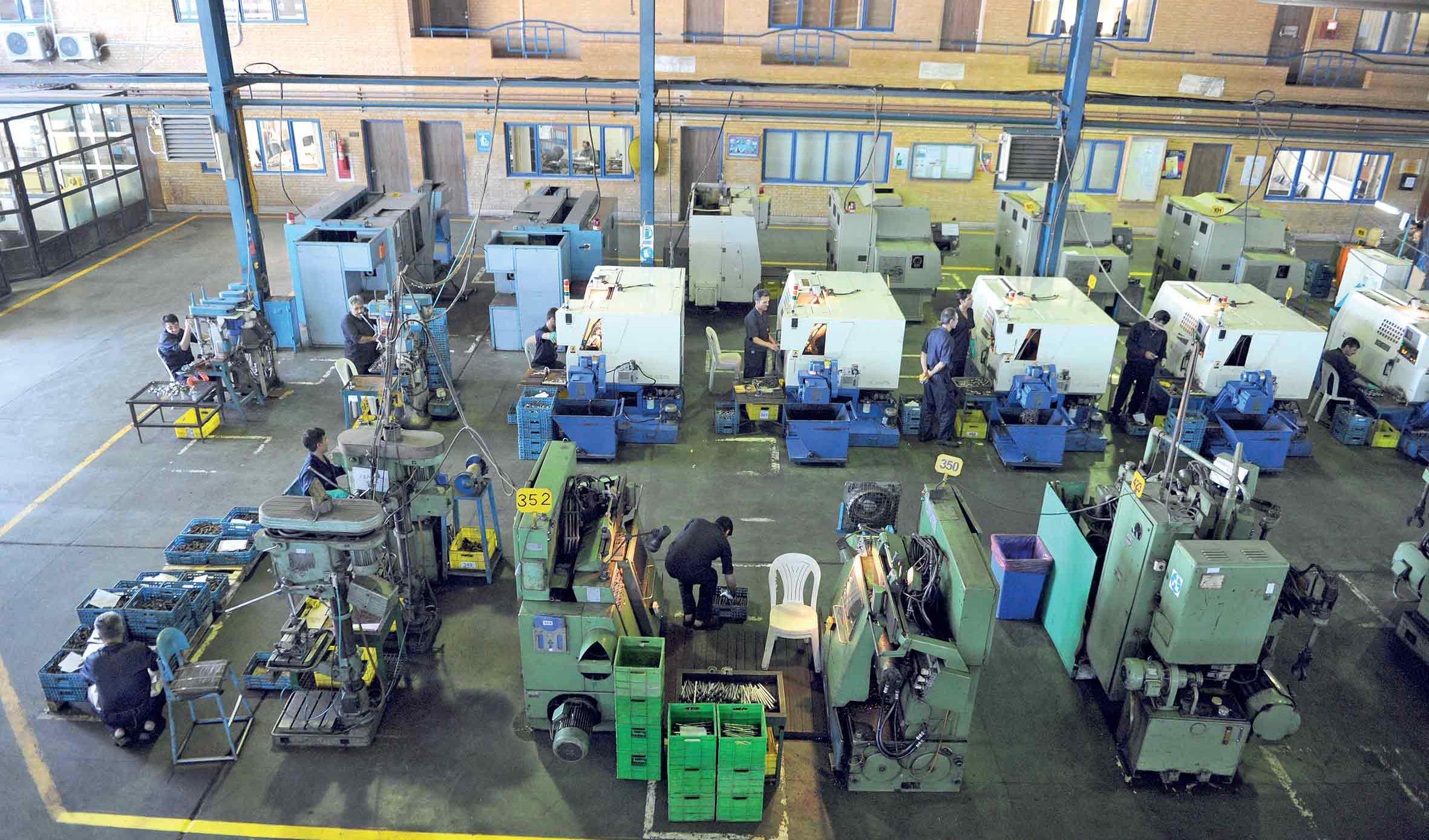 راه اندازی مجدد ۷۶۷ واحد صنعتی از ابتدای سال