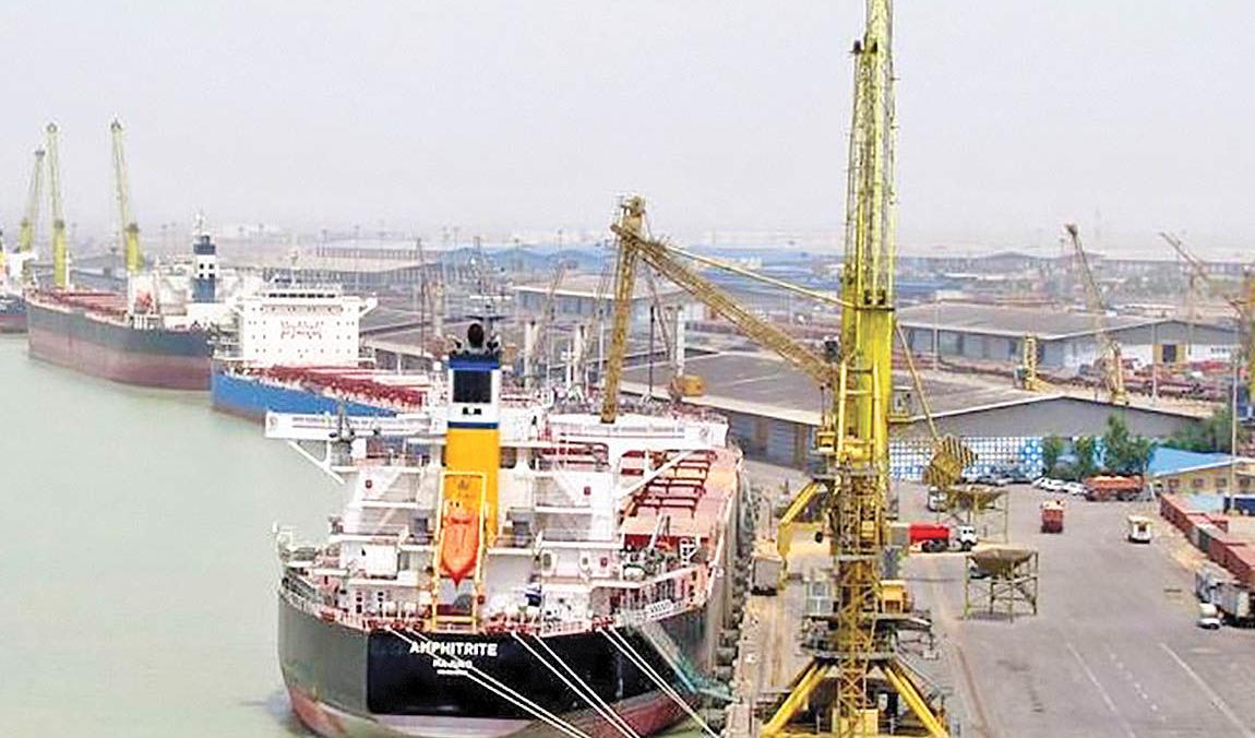 کلیه ماموریتهاى سازمان بنادر و دریانوردی بدون وقفه در جریان است