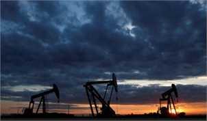 کاهش ذخائر نفت قیمت آن را افزایش داد