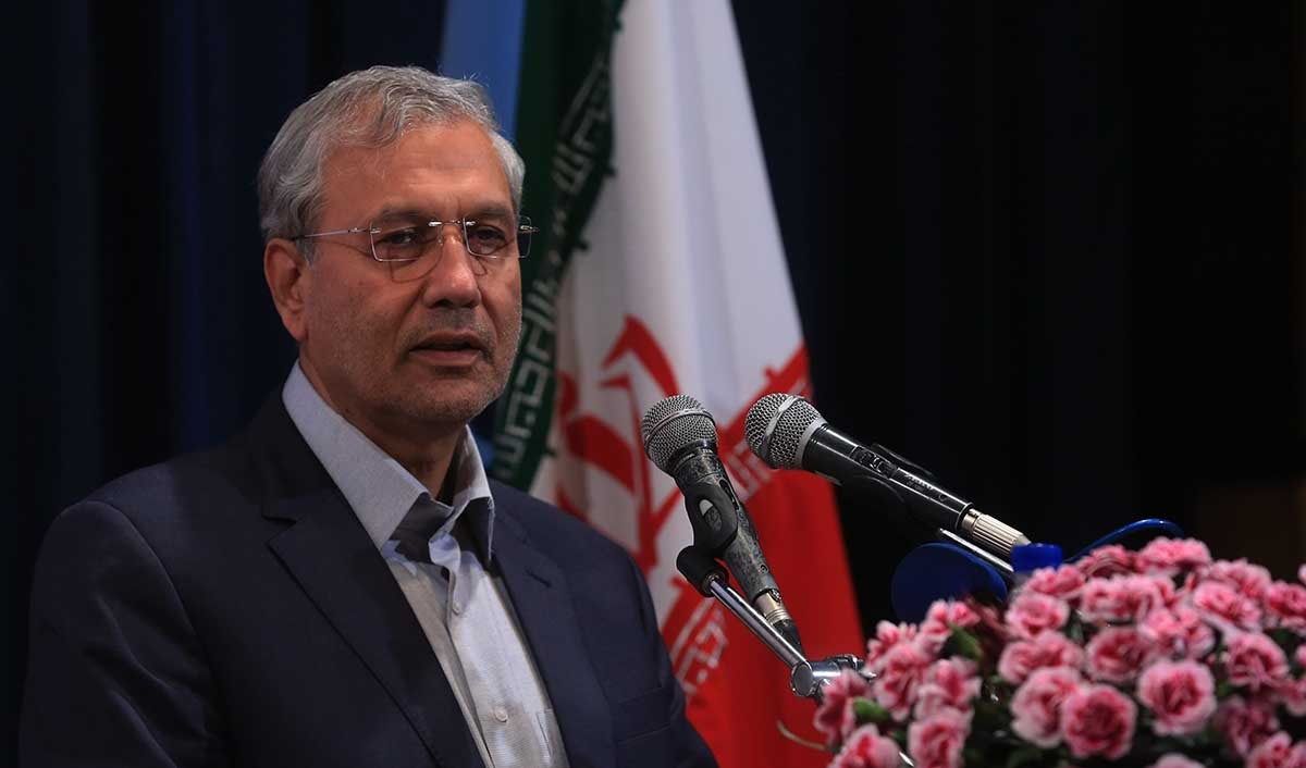 تشکیل کمیته مبارزه با دلالان اقتصادی/ اتهام ارزی به دولت